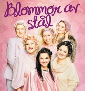 Linda Ulvaeus (in the center) in 'Blommor av stål'