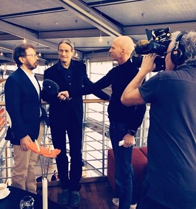 Swedish TV interviews Björn and Lars - Photo &copy GöteborgsOperan